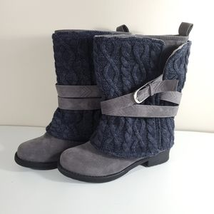 Muk Luks Grey and Blue Boots Suze 8